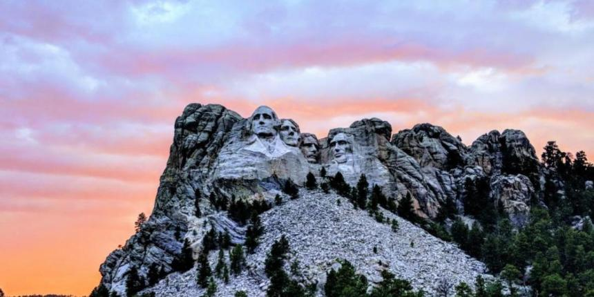 Mt Rushmore presidents faces
